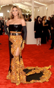 Beyoncé was flaming in Givenchy