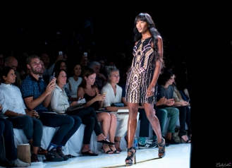 Naomi looked gorgeous on the runway!