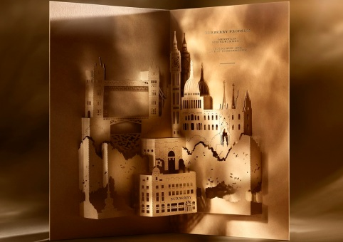Burberry's spectacular invites
