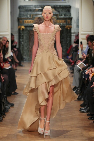 Tony-Ward-Couture-Spring Summer-2014-Style-21