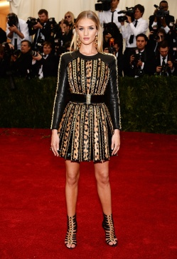 Balmain and the sexyness of the Rosie