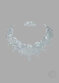White gold, round, square-cut, baguette-cut, briolette-cut and pear-shaped diamonds.